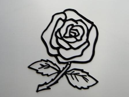 roses et feuilles acier découpé